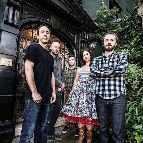 Yonder Mountain String Band w/ The Lonesome Days at Waiting Room