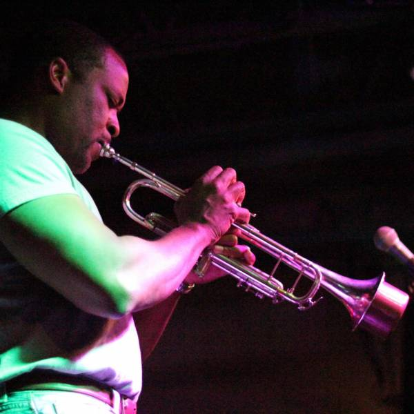 Smooth Jazz with Darryl White Band